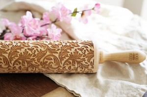 BAROQUE - nature inspired embossing rolling pin