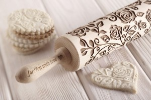 ROSES - embossing rolling pin
